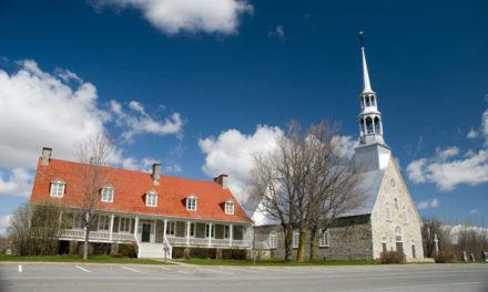 Découvrez le village de L'Acadie!